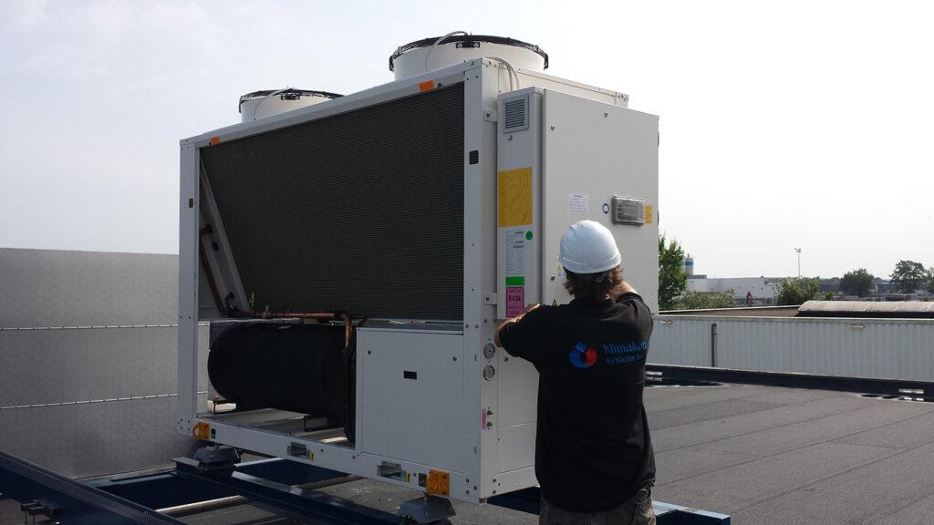 service en onderhoud aan technische installaties